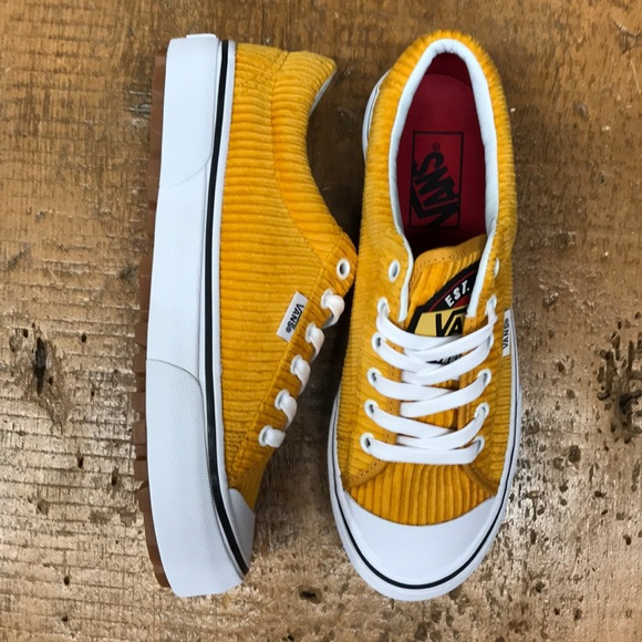 6bc389315f Vans Shoes - Vans shoes